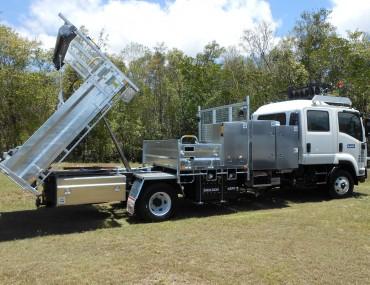 Roadtek emulsion truck (24)-1066x800.jpg