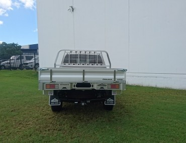 Alloy Dual Cab Hilux Painted sides (10).jpg