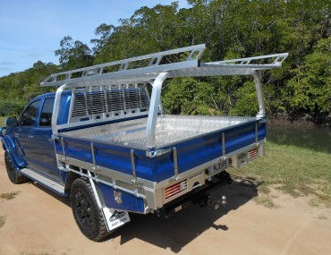 Alloy Tray dual Cab Painted Sides (3).jpg