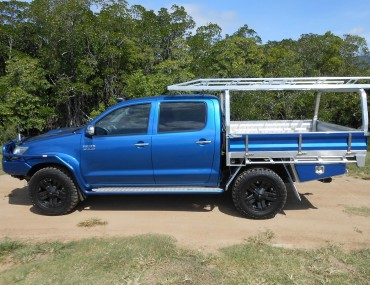 Alloy Tray dual Cab Painted Sides (4).jpg