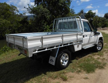 Landcruiser painted sides (2).jpg
